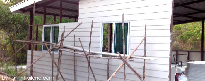 Building a cheap & simple house in Thailand