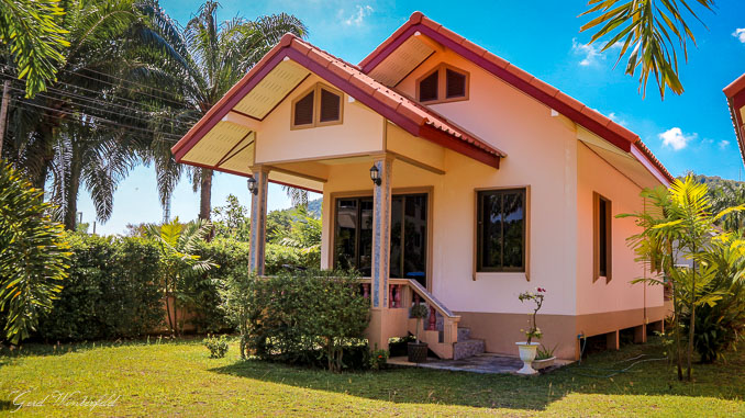 House for rent in Thailand 8000 Baht