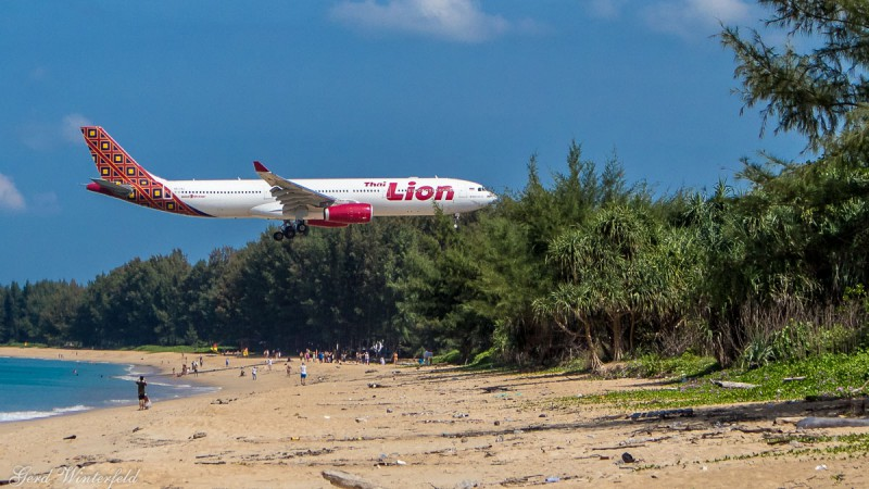 Thai Lion Air Boeing 737 at Phuket Airport